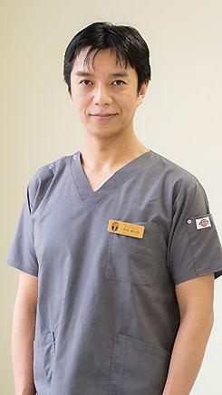 副院長 岡本健太郎